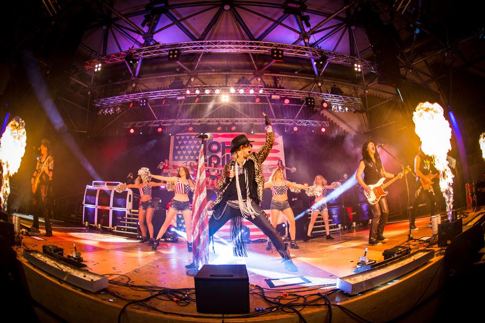 ABBA Explosion bei der AQUARENA Nacht 2018 in Dillenburg